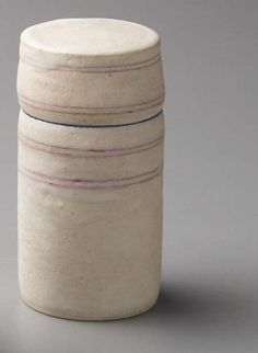 PHILLIPS : NY050108, Lucie Rie, Lidded box