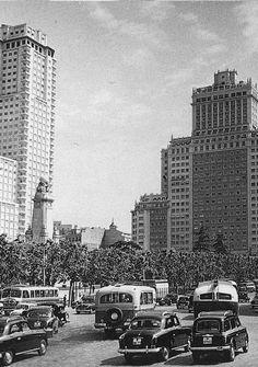 [ Plaza de España, 1959 Autor desconocido. Archivo General de la Administración ]