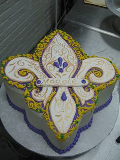 Fleur-de-lis cake from Highland Bakery in Atlanta