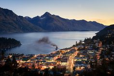 Queenstown, New Zealand. Queenstown is built around the beautiful Lake Wakatipu and has spectacular views of surrounding mountains. It is one of the most visited towns in New Zealand's southern island and is full of things to do and see. Places To Travel, Places To See, Places Around The World, Around The Worlds, Beautiful World, Beautiful Places, Queenstown New Zealand, Lake Wakatipu, Beaux Villages