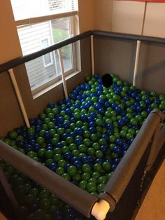 Ball Pit Room, Ball Pit House, Ball Pit Diy, Glam House, Backyard Playground, Indoor Play, Ball Lights, Wedding With Kids, Party