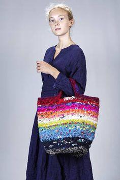 Crochet Handbags, Crochet Purses, Big Tote Bags, Purses And Bags, Love Crochet, Knit Crochet, Yarn Bag, Unique Purses, Knitting Accessories