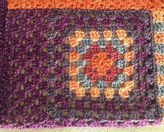 Blokhulp met Sigeunertop-patroon – A HankiDori Day Crochet Fashion, Crochet Top, Crochet Patterns, Blanket, Pullover, Gypsy, Pastel, House, Ideas