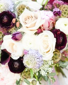 What items to collect for your wedding day photographer — Hawthorne House Gold Wedding, Wedding Flowers, Wedding Day, Dr Flowers, Kc Instagram, Hawthorne House, Bridal Bouquet Pink, Kansas City Wedding, Bridesmaid Robes