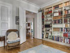 FINN – FROGNER - Klassisk 4-roms leilighet med autentisk preg - Sydvendt balkong mot bakgård - Heis - Peis - God takhøyde