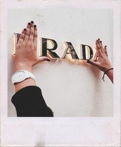 mine fashion paris rad Prada Prada, Whatever Forever, Vogue, Fashion Mode, Lifestyle Fashion, Diy Fashion, Couture, Looks Cool, Mode Style