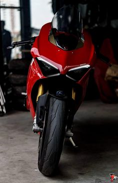 Ducati Motorbike, Moto Ducati, Yamaha Bikes, Moto Bike, Motorcycle Bike, Biker Photoshoot, Chopper, Ducati 1299 Panigale, Custom Sport Bikes