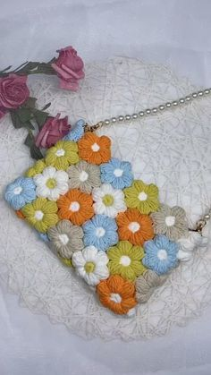Crochet Bag Tutorials, Crochet Flower Tutorial, Crochet Flower Patterns, Crochet Videos, Crochet Motif, Crochet Designs, Crochet Crafts, Crochet Projects, Knit Crochet