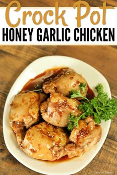 No need to get take out when you can make Crock Pot Honey Garlic Chicken Thighs at home so easily. Lots of garlic and honey give this recipe amazing flavor. Boneless Chicken Thighs Crockpot, Garlic Chicken Thighs Recipe, Honey Garlic Chicken Thighs, Slow Cooker Chicken Thighs, Garlic Chicken Recipes, Chicken Thigh Recipes, Garlic Sauce, Crockpot Honey Chicken, Soy Sauce