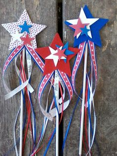 80 DIY America Independence Day Decor Ideas And Design 80 DIY Amerika Independence Day Dekor Ideen und Design 4th July Crafts, Fourth Of July Crafts For Kids, Fourth Of July Decor, 4th Of July Decorations, Patriotic Crafts, Fouth Of July Crafts, Memorial Day Decorations, Thanksgiving Decorations, 4th Of July Parade