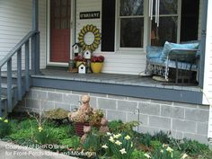 Pictures of Porches from Readers Pictures Of Porches, Porch Railing Designs, Small Porches, Bird Houses, Front Porch, Patio, Spring, Outdoor Decor, Craft Ideas