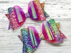 This stunning rainbow glitter hair bow has been created using an amazing sparkly rainbow glitter coordinated with a fabulous mirror and a bright...