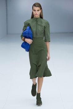 Salvatore Ferragamo Spring 2017 Ready-to-Wear Fashion Show - Luna Bijl