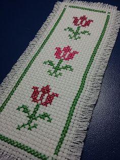 Pinto e Bordo Cross Stitch Alphabet Patterns, Cross Stitch Bookmarks, Cross Stitch Borders, Simple Cross Stitch, Cross Stitch Rose, Cross Stitch Flowers, Cross Stitch Designs, Hardanger Embroidery, Crewel Embroidery