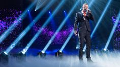 Christopher Maloney sings Josh Groban's You Raise Me Up - Live Week 9 - ...