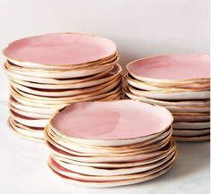 The perfect soft pink edged with gold in a orgnaic circular shape!  Loves it! I could eat a cupcake off of that plate!