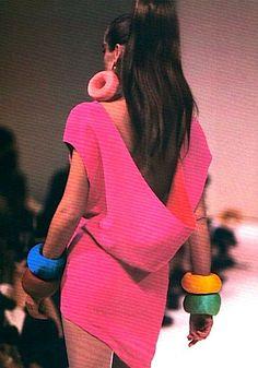 1988 - Thierry Mugler show  Repinned by www.fashion.net