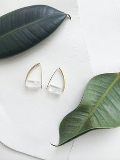 ETTORE earrings crystal quartz block por morningritualjewelry