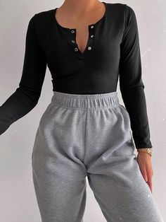 Head online and shop this season's range of loungewear at VIVICHI.Barbara Oversized Fleece Joggers In Grey. Cute Lazy Outfits, Retro Outfits, Simple Outfits, Stylish Outfits, Cool Outfits, Girly Outfits, Sporty Outfits, Stylish Clothes, Dress Outfits