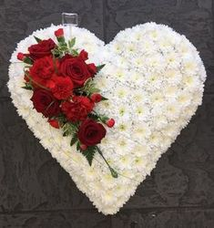 Gorgeous White Heart, with red rose spray by Flowers & Home in Castle Bromwich Grave Flowers, Cemetery Flowers, Funeral Flowers, Funeral Floral Arrangements, Large Flower Arrangements, Cemetery Decorations, Happy Birthday Flower, Memorial Flowers, Sympathy Flowers