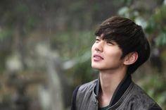Yoo Seungho and love❤❤ Korean Celebrities, Korean Actors, Celebs, Yo Seung Ho, Boys Don't Cry, Child Actors, Fresh Face, Seong, Korean Men