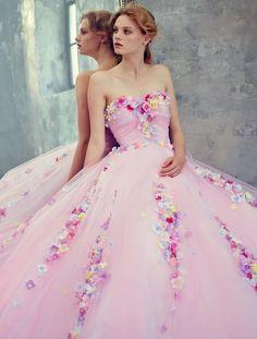 Yumi Katsura romantic floral-inspired pink gown a flirty pink dress for a pink wedding Flower Dresses, Pretty Dresses, The Dress, Pink Dress, Quinceanera Dresses, Prom Dresses, Pink Gowns, Beautiful Gowns, Dream Dress