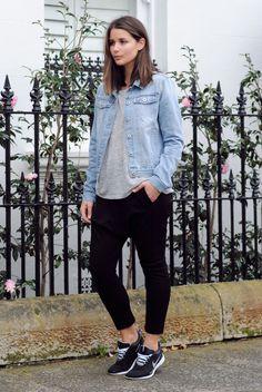 harper-and-harley_normcore_westfield-carindale_sara-donaldson_fashion-blogger_1.jpg (896×1338)
