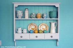 Love this shelf.    Google Image Result for http://3.bp.blogspot.com/-b8RcdIFUoPI/ToFkrjTaBWI/AAAAAAAAIk0/yu--08SqFA4/s640/IMG_3451copy.jpg