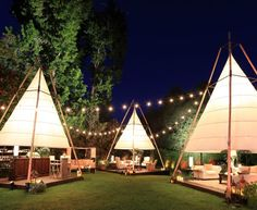 Check out the deal on Latitude 22 Bamboo Lantern Tent at Town & Country Event Rentals Outdoor Cafe, Outdoor Restaurant, Outdoor Spaces, Outdoor Living, Outdoor Events, Restaurant Design, Cafe Design, House Design, Tent Design