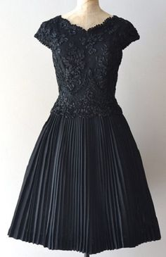 little black cocktail party dress, with thick lace and soutache bodice, little cap sleeves, princess seamed bodice, and full accordion pleated wool blend skirt. by Carlyle. 50s Dresses, Vintage Dresses, Vintage Outfits, Vintage Fashion, Formal Dresses, Vintage Clothing, Vintage Style, Retro Vintage, Summer Dresses