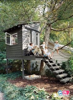 Cool 47 Incredible Crooked Tree House Design Ideas For Childrens Playground. : Cool 47 Incredible Crooked Tree House Design Ideas For Childrens Playground. Build A Playhouse, Playhouse Outdoor, Simple Playhouse, Playhouse Ideas, Childrens Playhouse, Treehouse Ideas, Crooked Tree, Tree House Plans, Southern Living House Plans