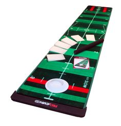 Including 25 training bands this ProInfinity golf practice putting mat by ProAdvanced will help you to perfect your distance and direction control