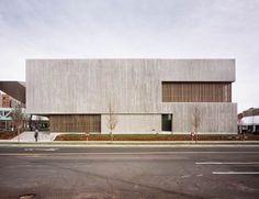 Clyfford Still Museum is a Wedding Venue in Civic Center, Denver, Colorado, United States. See photos and contact Clyfford Still Museum for a tour. Clyfford Still, Architecture Résidentielle, Contemporary Architecture, Portland Architecture, Design Museum, Art Museum, Concrete Facade, Concrete Walls, Concrete Formwork