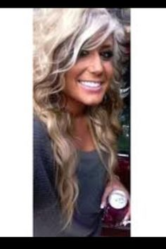 Chelsea Houska hair. WANT!! And will get! :)