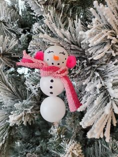 Ping Pong Ball Snowman Ornaments - Crafty Morning Christmas Angel Ornaments, Snowman Ornaments, Snowmen, Christmas Decorations, Ball Ornaments, Christmas Activities For Kids, Kids Christmas, Christmas Gifts, Crafts To Do