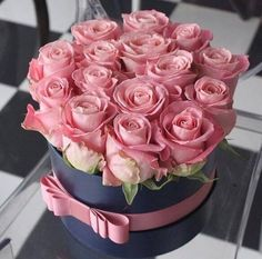 Image discovered by 𝓈𝒶𝓂𝒶𝓃𝓉𝒽𝒶 𝓈𝑒𝓇𝑒𝓃𝒶 ✰. Find images and videos about pink, flowers and rose on We Heart It - the app to get lost in what you love. Amazing Flowers, My Flower, Beautiful Roses, Fresh Flowers, Beautiful Flowers, Beautiful Images, Box Roses, Pink Roses, Pink Flowers