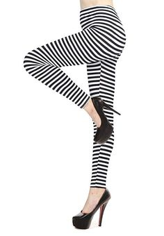 8d14a2ee9645 Verabella Women's Black & White Striped Ankle Length Stretchy Legging Pants  at Amazon Women's Clothing store: