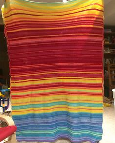 crochet afghans ideas Temperature blanket, start 200 chains, all sc - Crochet Afgans, Knit Or Crochet, Crochet Crafts, Crochet Stitches, Crochet Projects, Learn Crochet, Tunisian Crochet, Afghan Patterns, Crochet Blanket Patterns