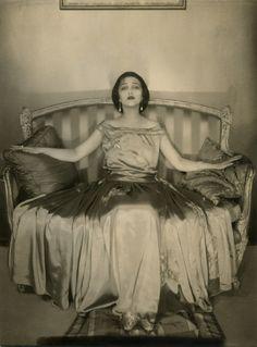 Actress Jetta Goudal wearing a satin gown by Lanvin (1923) / photographer: Edward Steichen #fashion #editorial #studio #models © Condé Nast Publications