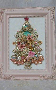 Vintage Jewelry Crafts Christmas Tree made from Costume Jewelry pink jewelry tree diy christmas christmas crafts christmas decorations - Shabby Chic Schmuck, Shabby Chic Jewelry, Vintage Jewelry Crafts, Pink Jewelry, Tiffany Jewelry, Antique Jewelry, Silver Jewelry, Handmade Jewelry, Silver Rings
