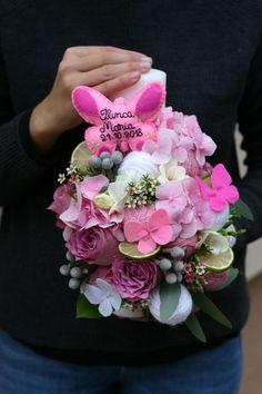 Lumânare de botez personalizată cu fluturi realizați manual – Flowers of Soul Instagram Blog, Instagram Emoji, Digital Art Girl, Floral Wreath, Bouquet, Wreaths, Sweet, Flowers, Business