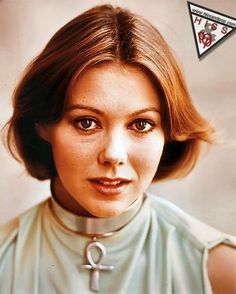 Vintage Jenny Agutter....look at those deep brown peepers...