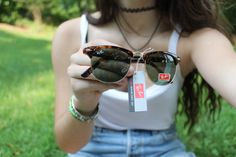 Tumblr Quality, Ray Ban Outlet, Girls Wardrobe, Skinny Girls, Discount Sites, Ray Ban Sunglasses, Ray Bans, Kicks, Summer Outfits