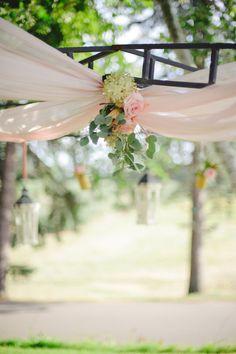 Wedding Ceremony | Flowers | Wedding Ideas | Forever Bride | Wedding Planning Made Easy | Minneapolis