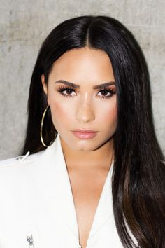 Singer, Songwriter, Actress, Entrepreneur, Philanthropist 💗 Sober is out now. Camp Rock, Lady Gaga, Selena Gomez, Demi Lovato Makeup, Demi Lovato Gay, Beautiful Celebrities, Beautiful Women, Female Celebrities, Divas