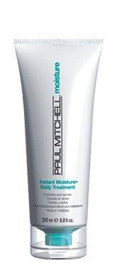 """Instant Moisture Daily Treatment Kuru ve Cansız Saçlar İçin Bakım Formülündeki soya proteinleri, karite yağı, pantenol ve """"Yoğun Nemlendirici Kompleks"""", biraraya gelerek saç tellerine anında ve derinlemesine nem, parlaklık ve hacim kazandırır."""