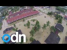 12/27/2014 - Malaysia floods 2014: Boat rides through Terengganu and Kelantan - YouTube