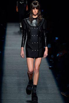 Alexander Wang Fall 2015 Ready-to-Wear Fashion Show - Antonina Petkovic