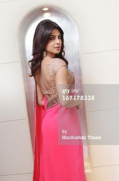 Pretty Priyanka in pink. Loved the blouse! Can be used on a variety of sarees Choli Designs, Sari Blouse Designs, Indian Attire, Indian Wear, Indian Dresses, Indian Outfits, Indian Clothes, Bollywood Fashion, Bollywood Actress