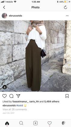 Street Hijab Fashion, Muslim Fashion, Modest Fashion, Women's Fashion, Modest Outfits, Summer Outfits, Lawyer Fashion, Hijab Styles, Hijab Outfit